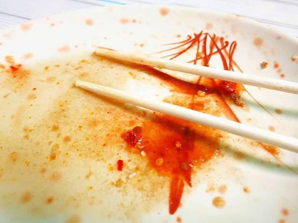 【蘆洲美食】脆皮臭豆腐-外皮炸的比餅乾還乾的臭豆腐