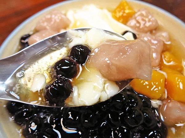 【台北豆花店】杉味豆花-古早味帶有焦香的豆花
