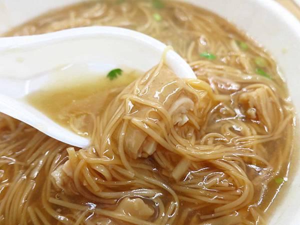 【台北美食】麵線傳奇-民權西路捷運站排隊美食