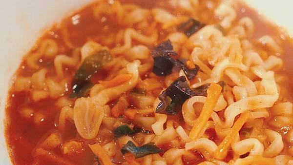 去韓國旅遊必買最受歡迎的泡麵