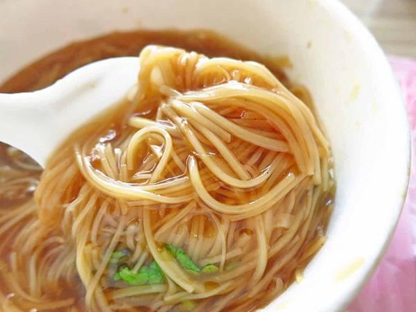 【桃園】台北大腸蚵仔麵線-聽說不到三小時就賣光光的人氣早餐