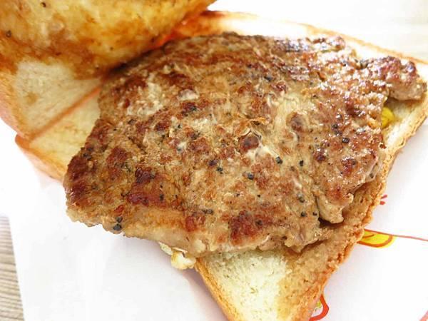 【桃園美食】新豐盛號-餐車式的厚切肉蛋吐司