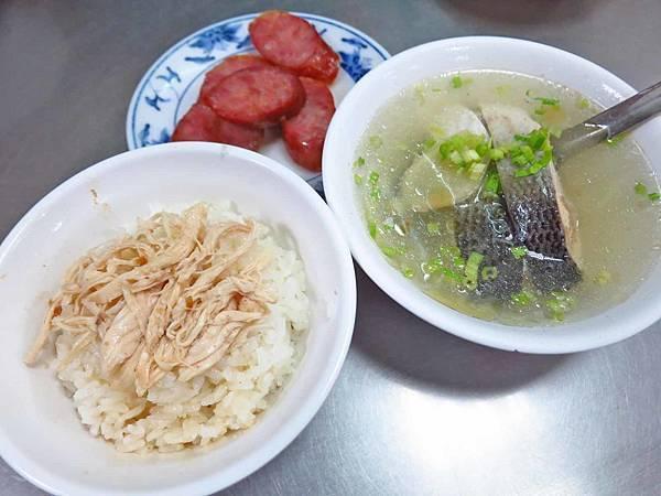 【台北美食】梁記嘉義雞肉飯-可怕的排隊人氣店家