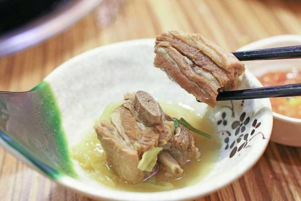 【三重餐廳】山羊城全羊館羊肉爐-冬天進補聚餐好選擇
