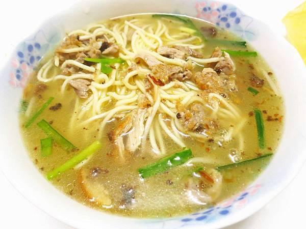 【新莊美食】鴨肉大王之家-加入油蔥的特殊湯頭鴨肉麵