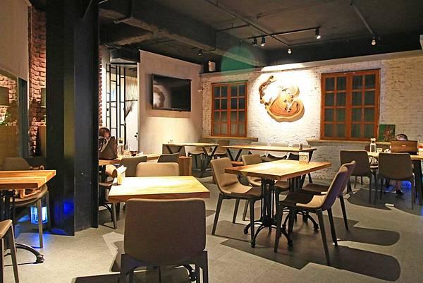 【板橋餐廳】Chatting愜庭洋廚-都市裡的戶外景觀餐廳