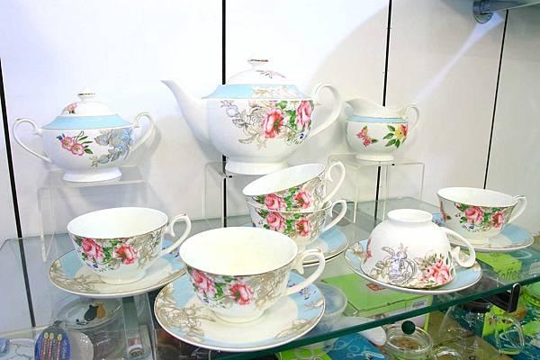 彰化僑俐瓷器-超過上萬種瓷具、茶具、盤子、碗筷、杯子及日本進口高級品餐具全部銅板價起