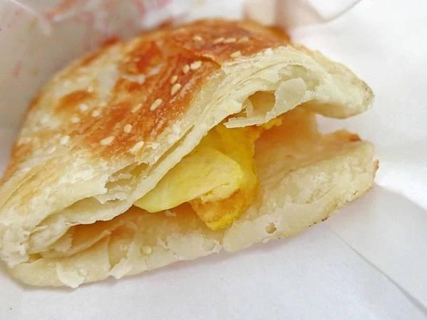 【蘆洲】弘記豆漿店-每天現桿現烤的燒餅