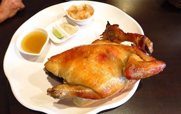 【三峽美食】台灣磚窯雞-香噴噴雞油飯免費吃到飽