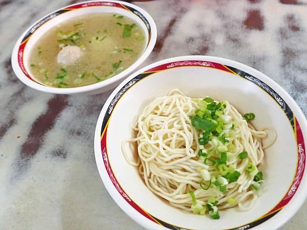 【萬華美食】財哥福州麵-在地人也推薦的30年老店