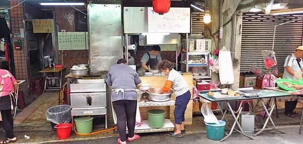 【台北美食】阿角紅燒肉-遠近馳名的紅燒肉