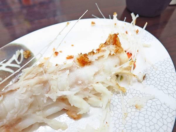 【蘆洲美食】蘆洲紅燒鰻-跟拳頭一樣大小的超大塊鰻魚