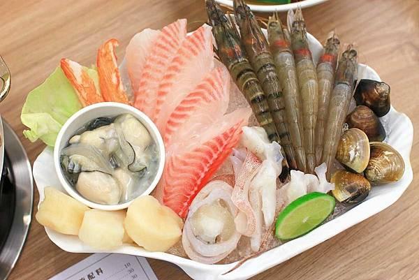 【台北餐廳】拾石鍋物-蒸煮鍋、石頭鍋、涮涮鍋三種火鍋一次滿足