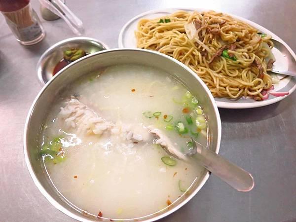 【三重美食】環河南路現炒飯麵-附近居民才知道的隱藏版美食