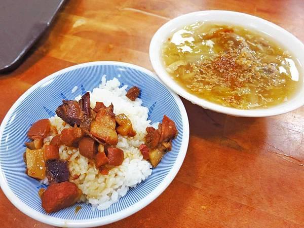 【高雄美食】橋仔頭黃家肉燥飯-老街上1甲子的老店