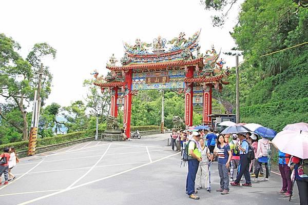 【台北旅遊】碧山巖夜景-遠望美麗的101夜景一日遊