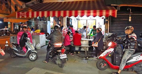 【宜蘭美食】中山路三段紅豆湯圓-隱藏版爆好吃的紅豆湯圓