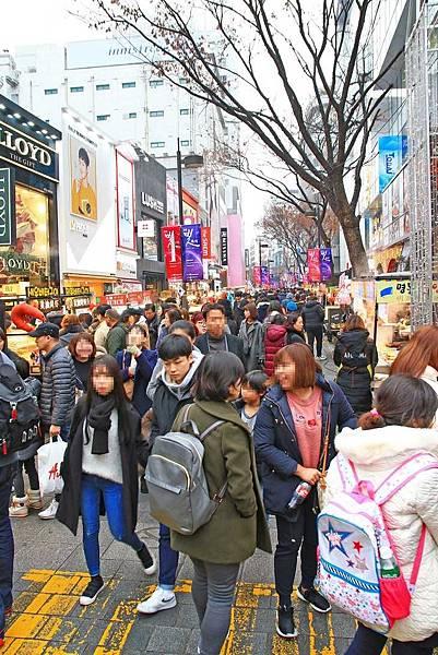 【首爾必逛】明洞商圈最完整的逛街地圖換匯、美食小吃、購物美妝