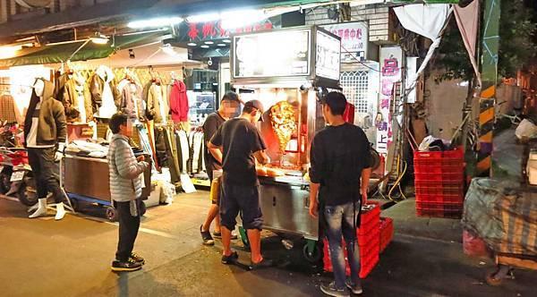 【蘆洲美食】Boss沙威瑪-夜市裡的人氣沙威瑪