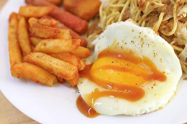 【林口早午餐】Egg's home精緻早午餐-令人銷魂的炒麵