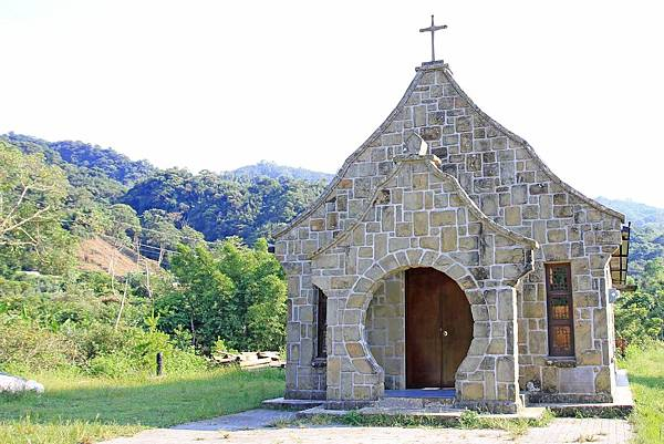 【桃園旅遊】三民蝙蝠洞&&基國派老教堂-獨特少見的風景景觀