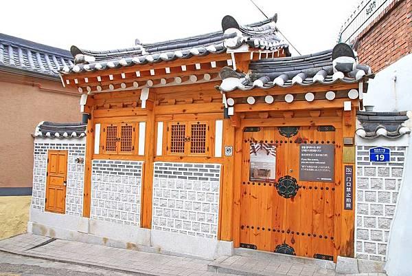 【韓國首爾】北村韓屋村-古色古香的韓式建築步道
