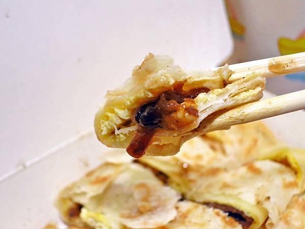 【蘆洲美食】阿耕蛋餅專賣店-有二種不同口感的手工蛋餅