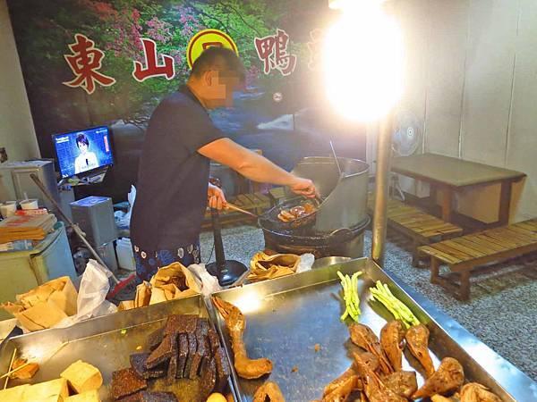 【桃園美食】呂家台南東山鴨頭-需排隊半小時以上才能吃到的東山鴨頭