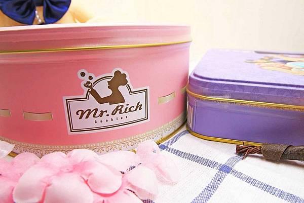 【香港伴手禮】Mr.Rich Bakery魔術兔曲奇-香港知名伴手禮餅乾!