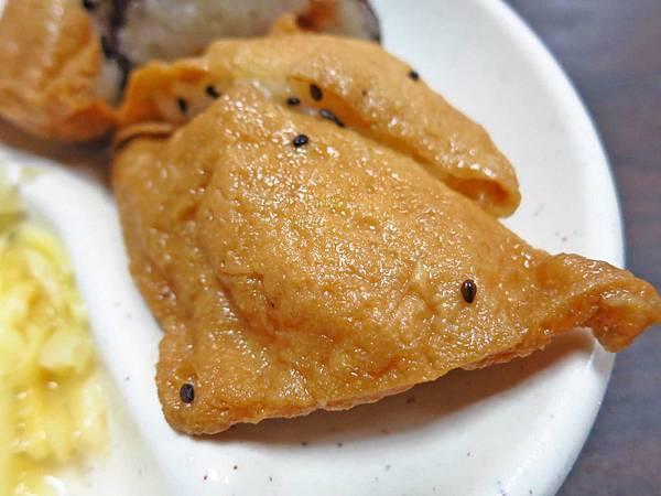 【萬華美食】西園橋下蚵仔湯-美味的壽司與蚵仔湯