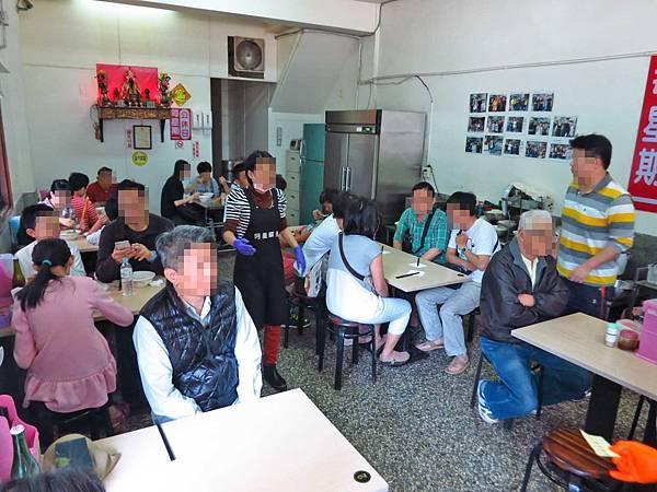 【台南美食】阿星鹹粥-在地人喜愛的排隊虱目魚店