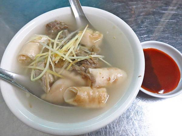 【嘉義美食】王家祖傳本產牛雜湯-在地人必吃的牛肉湯