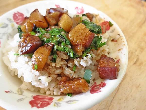 【台南美食】阿和肉燥飯-特殊滋味,一吃難忘的肉燥飯
