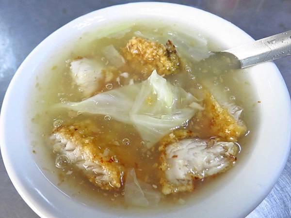 【台北美食】民樂街紅燒土魠魚焿-吃一口令人難忘的土魠魚