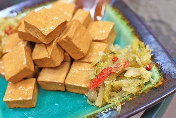 【新莊美食】廣福味-不輸給名店的超美味滷味