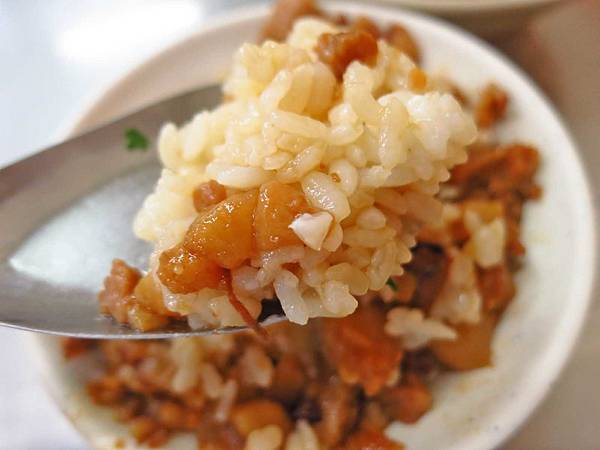 【板橋美食】新大鼎肉羹-美味又好吃的滷肉飯肉羹湯