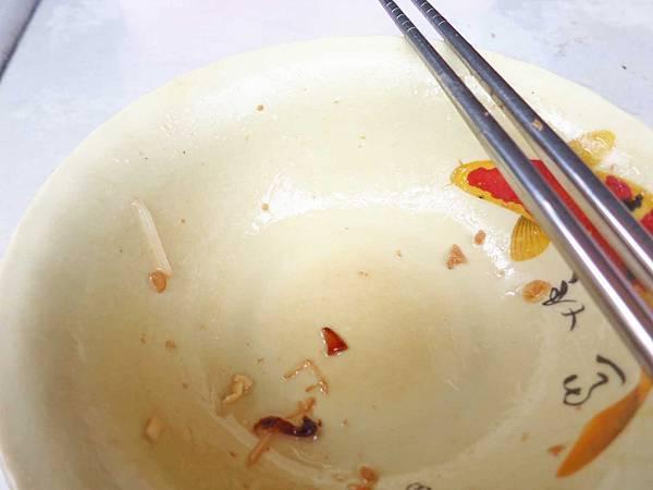 【板橋美食】阿婆古早味意麵-充滿油蔥香的乾意麵