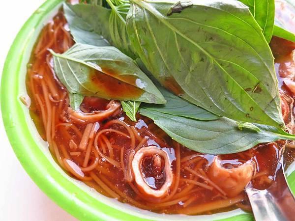 【三重美食】龍濱大腸麵線-獨特吃法,超過33年的老店