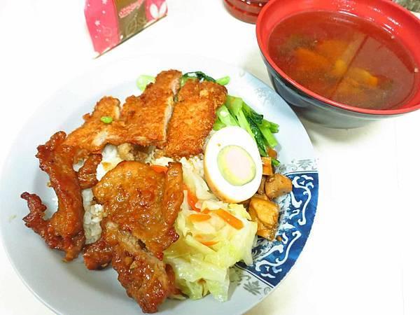 【澎湖美食】城隍廟前燒肉飯-吃了念念不忘的燒肉飯