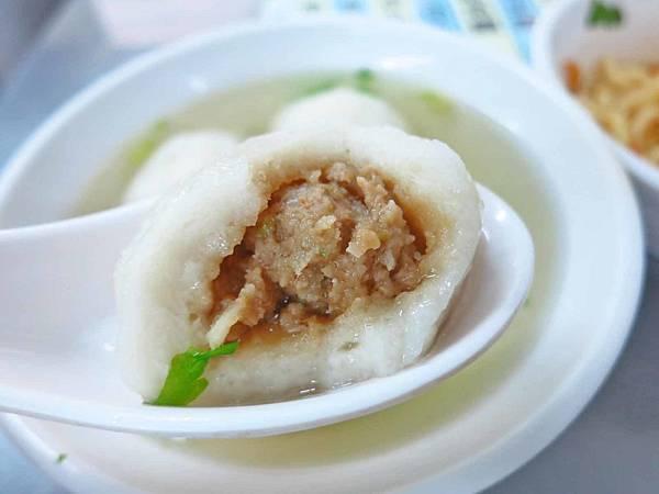 【台北美食】佳興魚丸店-每天現做60年老店魚丸湯