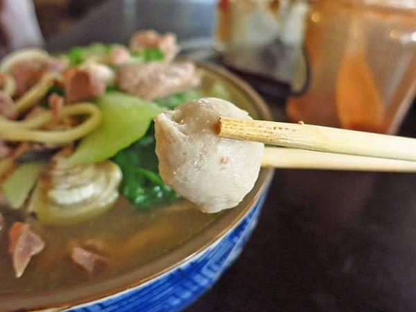 【台中美食】久流麵攤-只要60元就能吃到無敵大份量的什錦麵