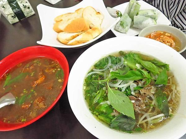 【台北美食】梅卿越南料理-超大份量又美味的越南料理