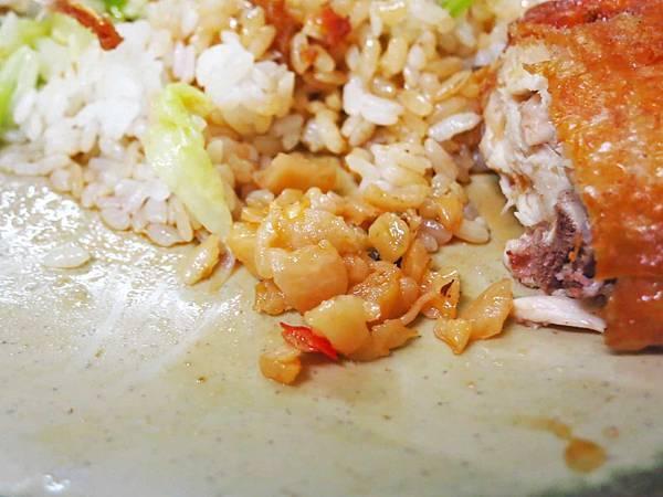 【台北美食】裕豐魯肉飯-每到用餐時間大排長龍的小吃店