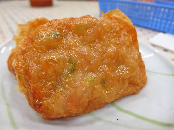 【新莊美食】古早味鹹湯圓-老舊夜市裡的60年老店