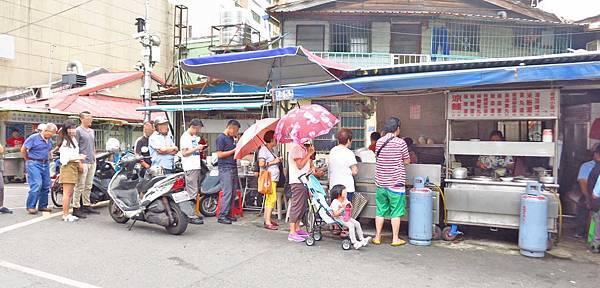 【台北美食】涼洲街無名涼麵-沒有招牌卻有超過人氣的涼麵店
