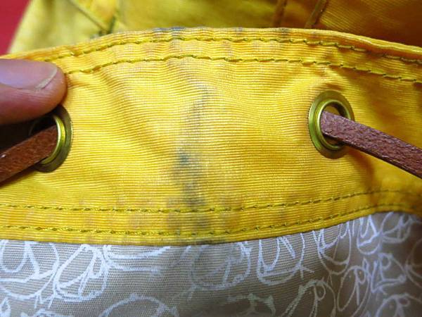 WaWa專業洗鞋洗包洗帽店-讓你的包包煥然一新,有如剛買一樣漂亮-免費到府收送