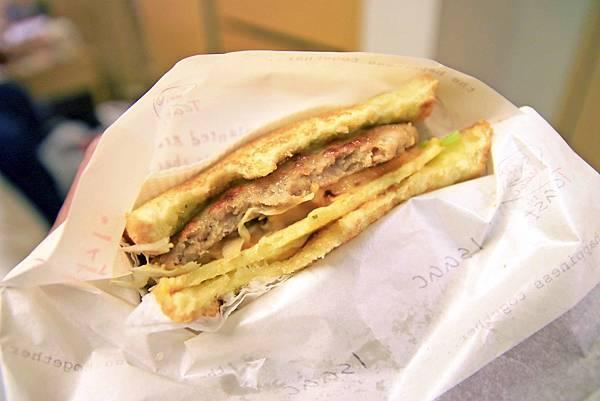 【韓國首爾美食】Isaac Toast-明洞必吃三明治早餐店