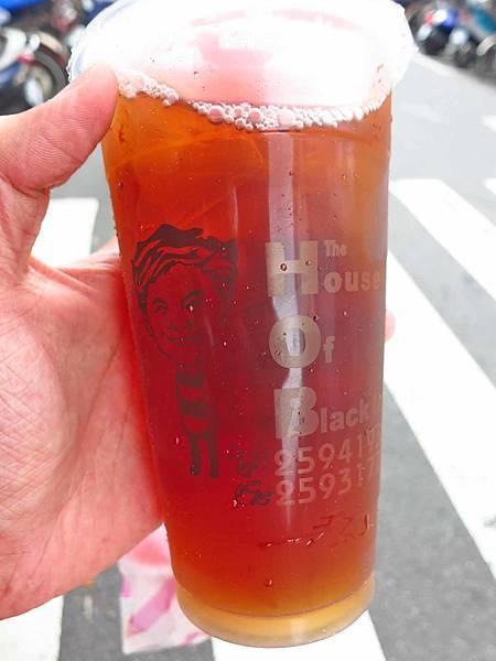 【台北美食】紅茶屋生活飲品-超便宜又好喝的紅茶與花生冰沙