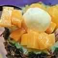 【蘆洲美食】古早味旺來冰店-用整顆鳳梨製作的超豪華鳳梨冰