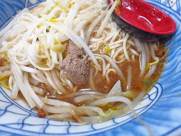 【新竹美食】黃媽媽豆瓣麵-搬家過後人潮不減的豆瓣醬麵